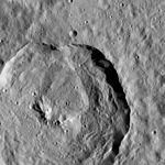 PIA20651-Ceres-DwarfPlanet-Dawn-4thMapOrbit-LAMO-image111-20160616.jpg