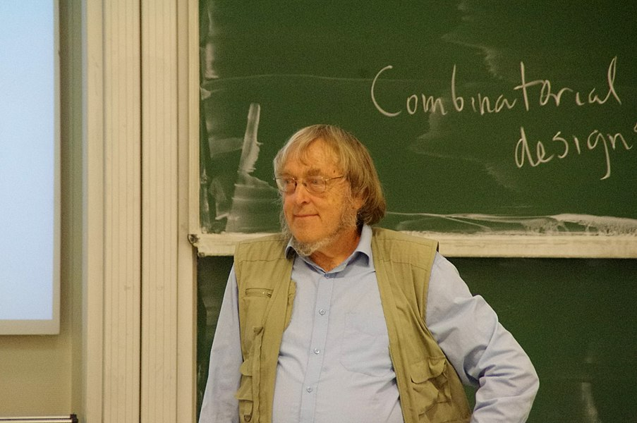 Mathematician Peter Cameron during a lecture on combinatorial designs at a conference in honour of Francis Buekenhout