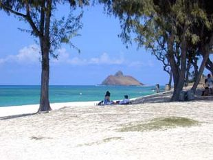 View across Kailua Beach to the offshore islet known as Moku nui, one of Nā Mokulua off Lanikai