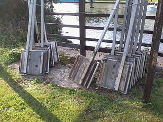 Flash lock - Paddles stored for use at Northmoor lock