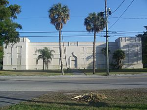 Pahokee High School - Image: Pahokee FL High School 01