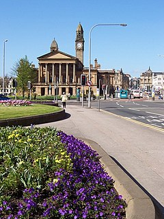 town in the historic county of Renfrewshire in Scotland