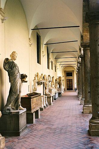 Regional Archeological Museum Antonio Salinas - Lapidarium in the cloister