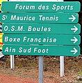Panneau sports à Saint-Maurice-de-Beynost (Porte 5).JPG