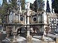 Panteón Bastinos.JPG