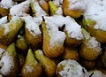 Pears covered in snow at Marché de Boitsfort (Belgium).jpg