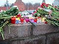 People came to the side of Boris Nemtsov's murder (2015-02-28; 39).JPG