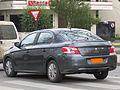 Peugeot 301 1.6 HDi Active 2013 (13611944184).jpg