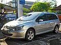 Peugeot 307 SW, Denpasar - depan.jpg