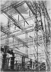 Photograph Looking Up at Wires of the Boulder Dam Power Units, 1941 - NARA - 519841.TIF
