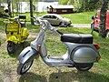 Piaggio Vespa P200E 1981 Left.jpg