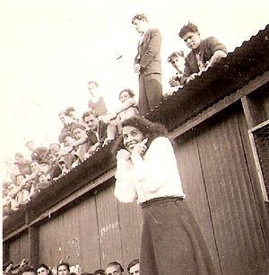 Shoshana Damari - Damari performing at a Cyprus detention camp