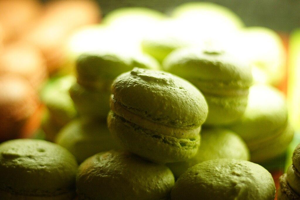 Pistachio macarons, November 2007