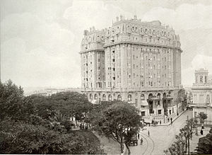Plaza Hotel Buenos Aires - Image: Plaza Hotel (1910)