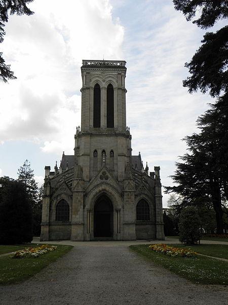 Église Saint-Joseph de Pontivy (56). Façade principale.