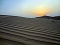 Por do sol no deserto - Sunset at the desert of Abu Dhabi (16738641094).jpg