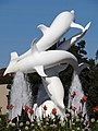 Porpoise Sculpture with Flowers and Fountains - Waterfront Park - Kelowna - British Columbia - Canada (8008022011).jpg