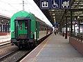 Praha hlavní nádraží, 6. nástupiště, rychlík do Trutnova.jpg