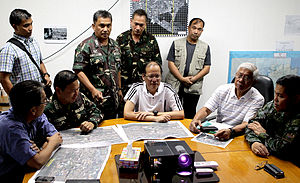 Zamboanga City crisis - President Benigno Aquino III meeting with the Armed Forces of the Philippines and Philippine National Police on September 21, 2013.