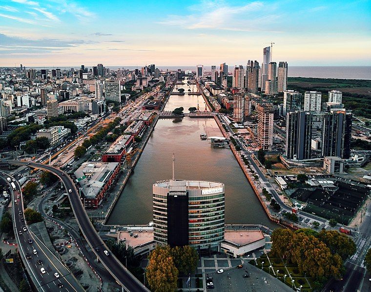 Archivo:Puerto Madero, Buenos Aires (40689219792).jpg ...