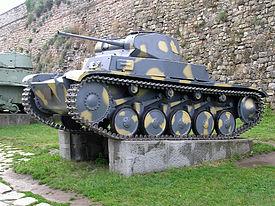 سلسة مدافع Marder النازية تاريخ طويل للنهاية 275px-PzKpfw_II_01
