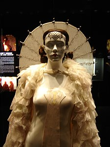 Queen Amidala's Parade Gown (top).jpg