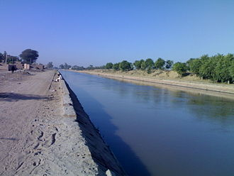 Sri Ganganagar - The Anupgarh branch of the IGNP canal is the main source of irrigation in southern tehsils; photo taken in Anupgarh.
