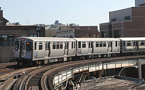 Red Line departing Sheridan Rd.jpg