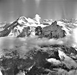 Redoubt Volcano, mountain glacier with icefall and bergschrund, August 22, 1968 (GLACIERS 6777).jpg