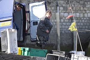 Retour de la pêche à la seiche du fileyeur Jason IV (55).JPG