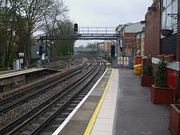Rickmansworth station look south3