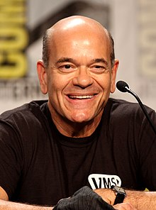Robert Picardo interprète Bill Merriam.