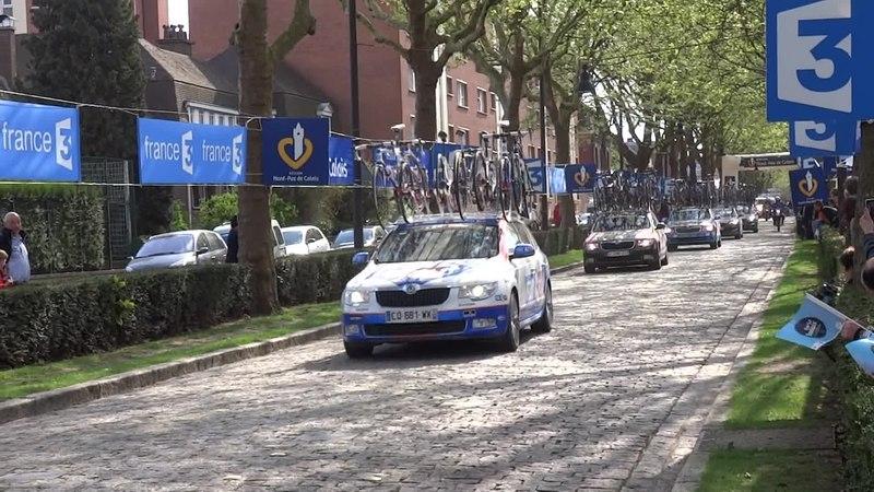 File:Roubaix - Paris-Roubaix, le 13 avril 2014 (A11).ogv