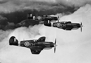 Vic formation - Curtiss P.40s in Vic formation