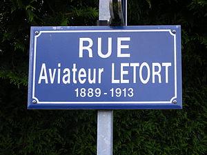 Léon Letort - Street Cred - Rue de l'aviateur LETORT à Piré-sur-Seiche