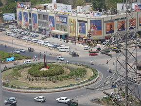 A retail mall on the Sarkhej-Gandhinagar Highway