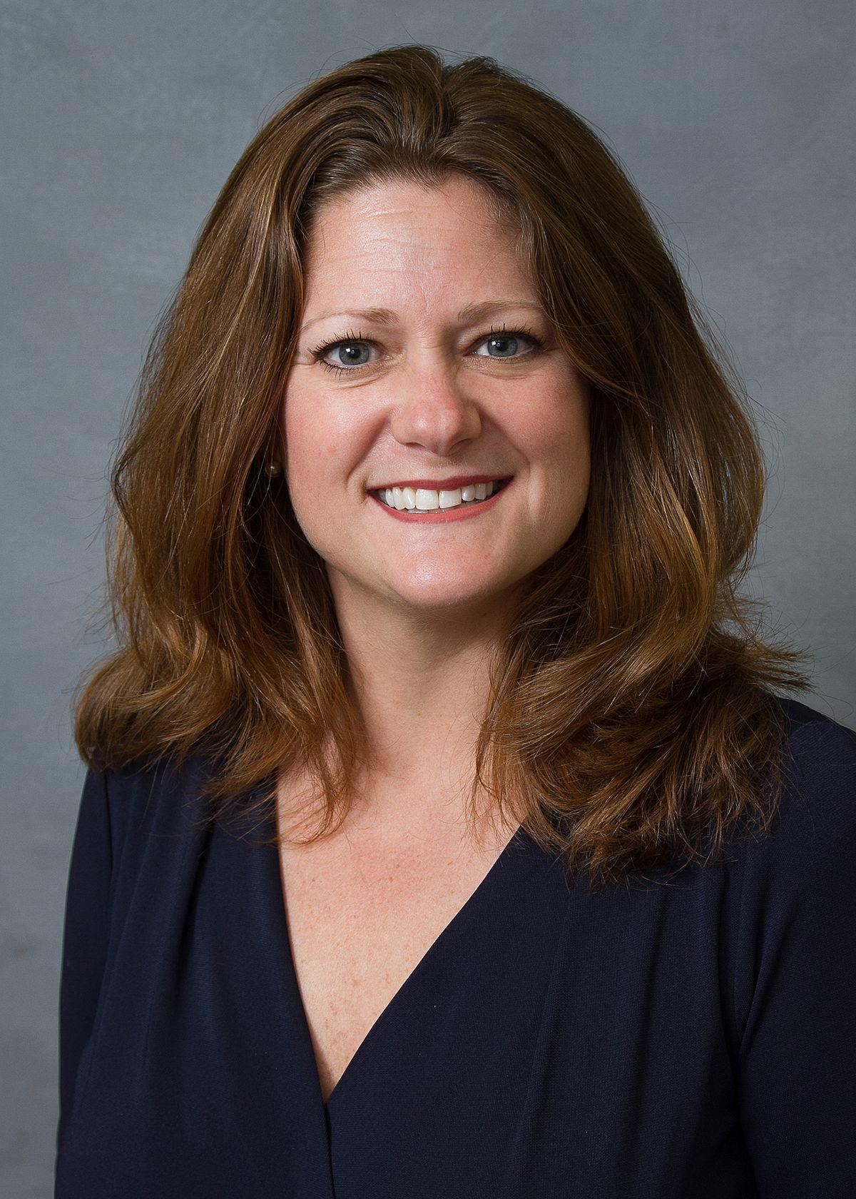 Susi Hamilton - Wikipedia