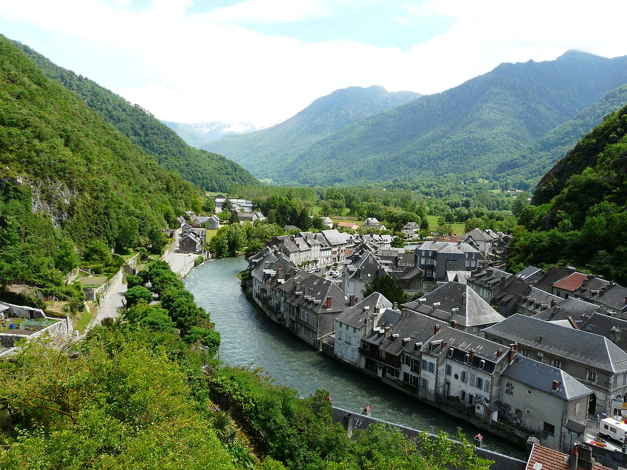 View from above of Saint-Béat in the Pyrenees
