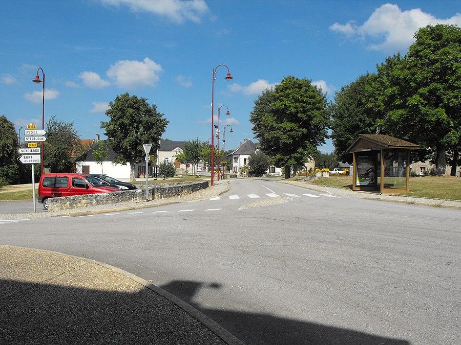 Saint-Exupéry-les-Roches