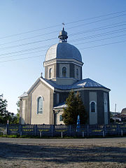 Saint Nicholas church, Zhulychi (02).jpg