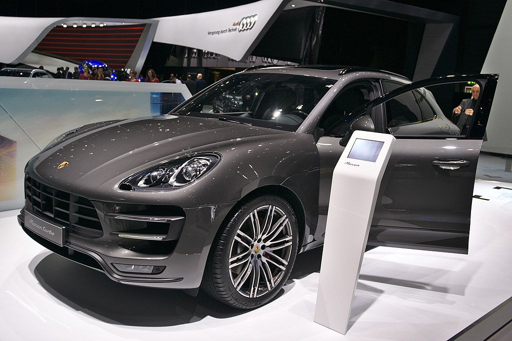 file salon de l 39 auto de gen ve 2014 20140305 porsche macan wikimedia commons. Black Bedroom Furniture Sets. Home Design Ideas