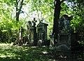 Sankt Marxer Friedhof Grabsteine2.jpg
