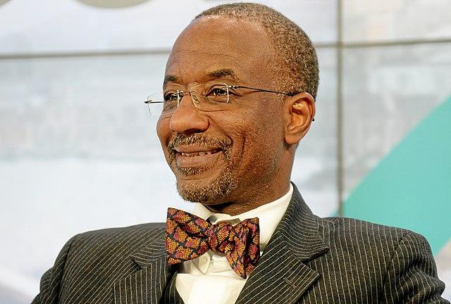https://upload.wikimedia.org/wikipedia/commons/thumb/1/15/Sanusi_Lamido_Sanusi_World_Economic_Forum_2013.jpg/640px-Sanusi_Lamido_Sanusi_World_Economic_Forum_2013.jpg