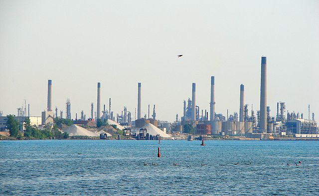 "Sarnia's ""Chemical Valley"" By P199 (Own work) [CC-BY-SA-3.0 (http://creativecommons.org/licenses/by-sa/3.0) or GFDL (http://www.gnu.org/copyleft/fdl.html)], via Wikimedia Commons"