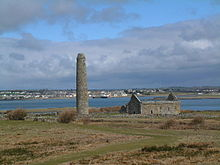 Photo of the ecclesiastical ruins of Scattery Island