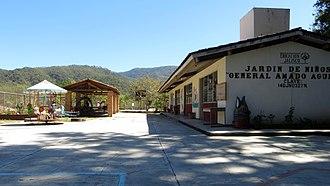 San Sebastián del Oeste - Image: School in San Sebastián, Jalisco