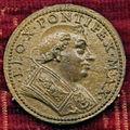 Scuola romana, medaglia di leone X, recto.JPG