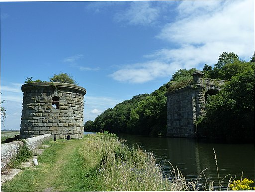Severn railway bridge, canal bridge tower and approach arch