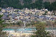 Shirakawago and River Shokawa 2010 04 18.jpg
