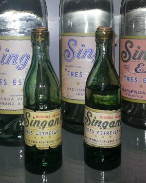 Singani - Singani and samples from 1930.